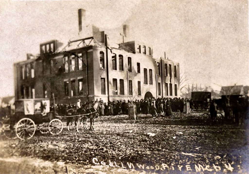 colinwood-school-ohio-fire
