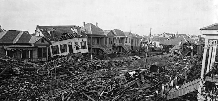 houses-affected-by-the-galveston-hurricane