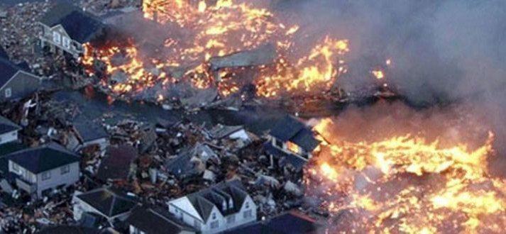 Japanese-Earthquake-and-Tsunami-2011