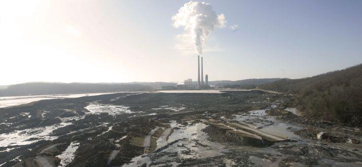 kingston-fossil-plant-spill-2008