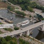 I-35W-the-Minneapolis-Bridge-Disaster-2007