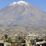 arequipa-volcano-erruption-1600