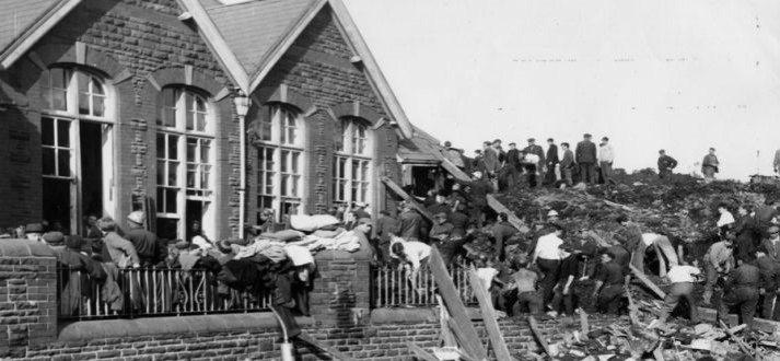 aberfan-landslide-south-wales-britain-october-21-1966
